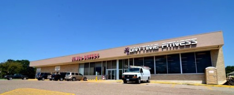 gatesville-texas-shopping-center-commercial-property-investment